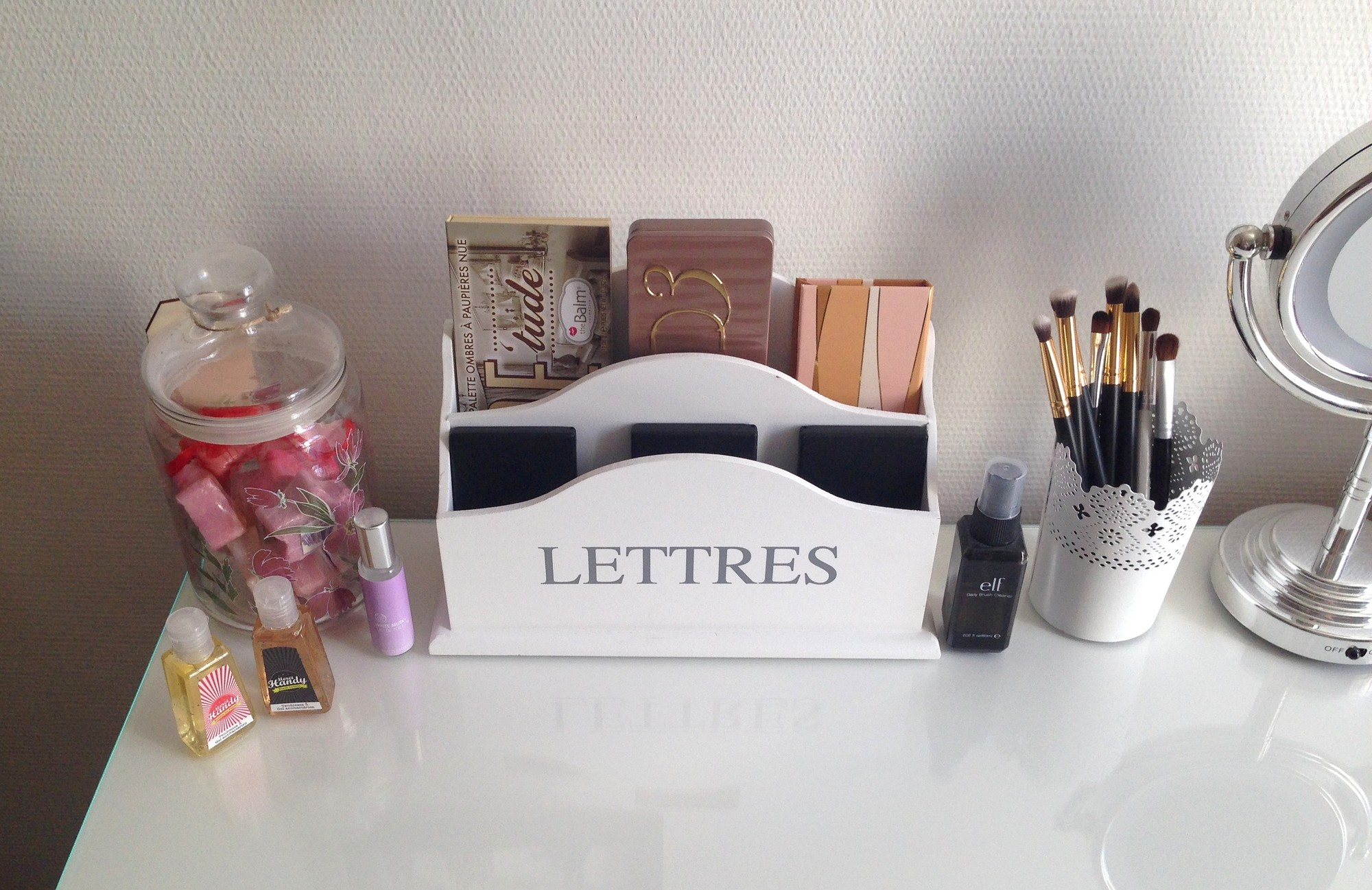 Mon rangement maquillage purple dream blog beaut et lifestyle - Pot epice maison du monde ...