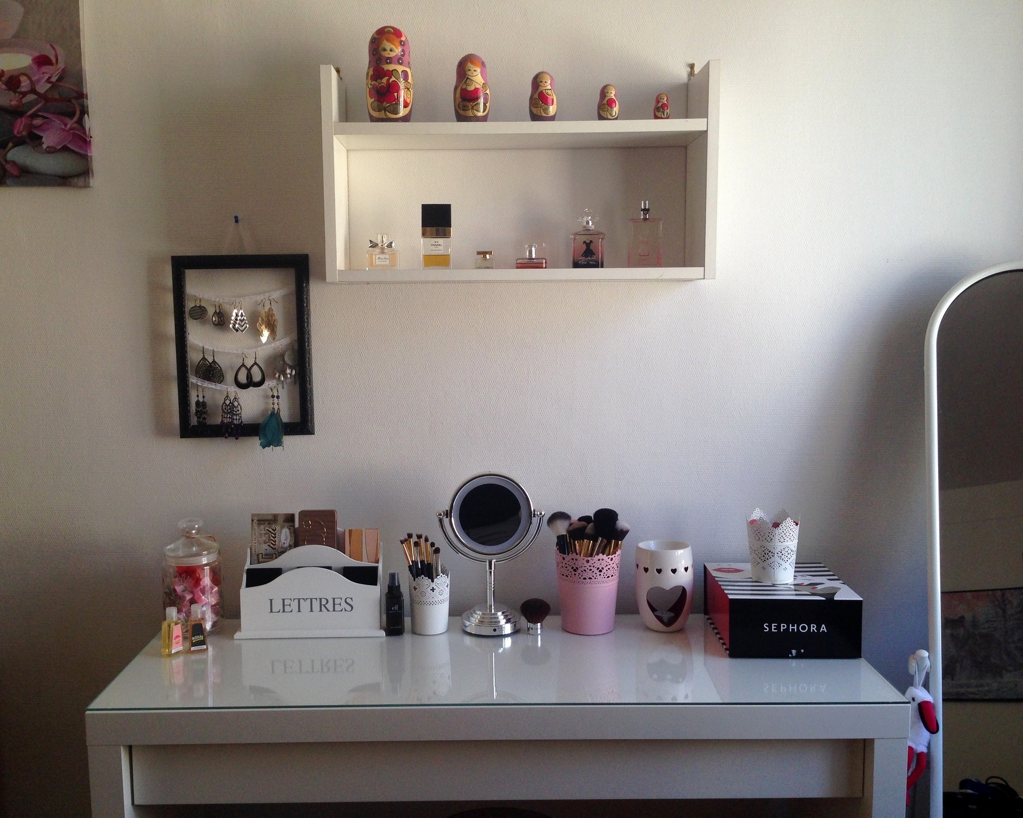 Mon rangement maquillage purple dream blog beaut et for Chambre youtubeuse beaute