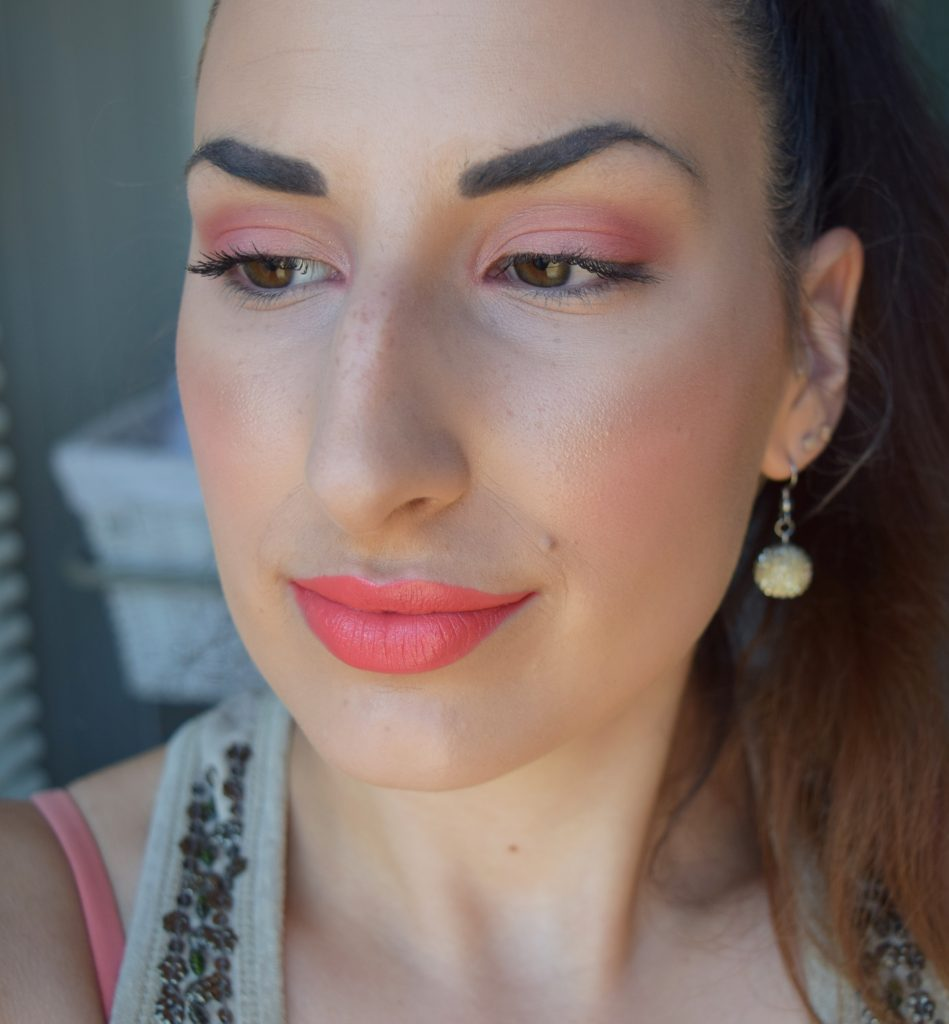peach-and-coral-makeup3