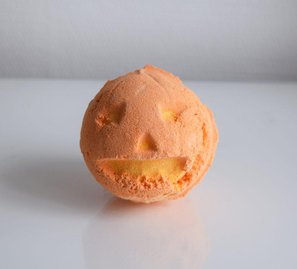 lush-halloween-bain-pumpkin